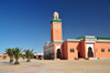 Laâyoune / El Aaiun, Saguia el-Hamra, Western Sahara: palm trees and Moulay Abdel Aziz Great Mosque - photo by M.Torres