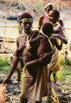 West Papua / Irian Jaya - Owus village: mother and child - photo by G.Frysinger