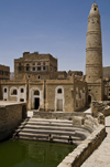 Hababah, Sana'a governorate, Yemen: Mosque with cistern - photo by J.Pemberton