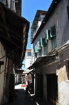 Stone Town, Zanzibar, Tanzania: one more alley in the labyrinth - Soko Muhogo area - photo by M.Torres
