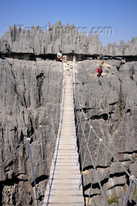 madagascar313: Tsingy de Bemaraha National Park, Mahajanga province, Madagascar: suspension bridge - karst limestone formation - UNESCO World Heritage Site - photo by M.Torres - (c) Travel-Images.com - Stock Photography agency - Image Bank